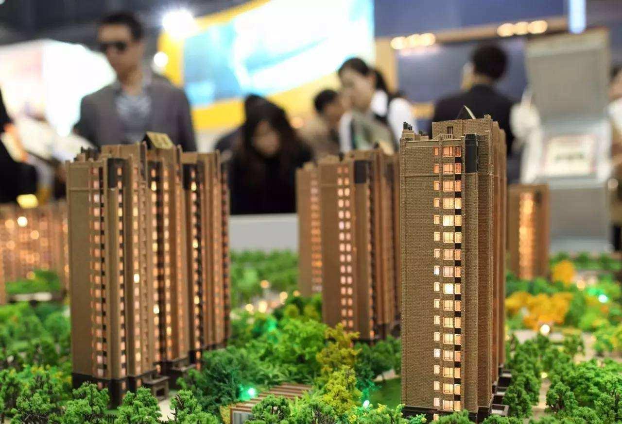 郑州一小区配建的幼儿园 却冒出两家承租方