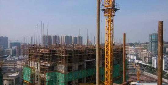重污染天气应急管控 郑州8工地未落实要求将受罚