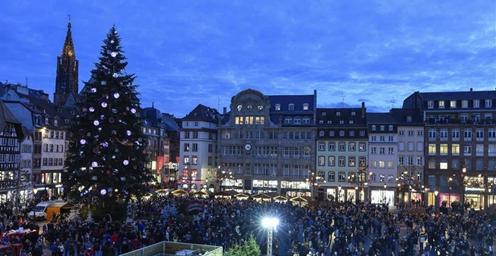斯特拉斯堡的圣诞集市举行 约持续一个月