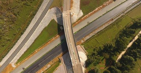 收尾!中越边境靖西至龙邦高速公路年底或通车