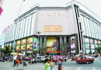 """郑州今年的冬装有点""""冷"""" 有店铺营收下滑三成多"""