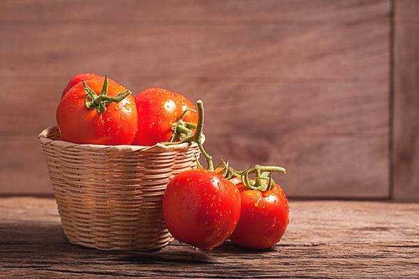 番茄越红越熟越防癌!熟吃更有益肠道健康