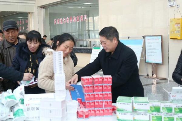"""南阳市第一人民医院""""健康南阳行 医路有我""""健康扶贫专项活动走进桐柏"""