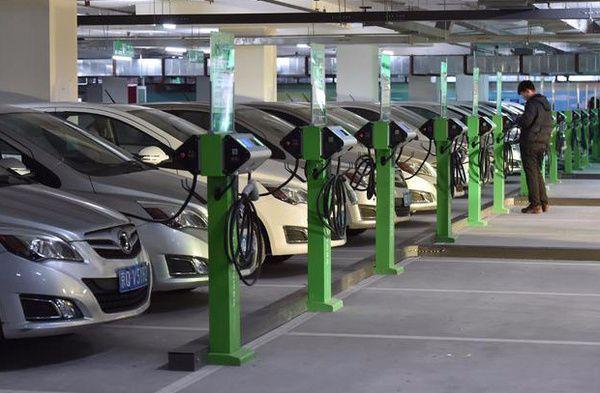 北京超过42万人等候新能源汽车指标 新申请者至少等8年