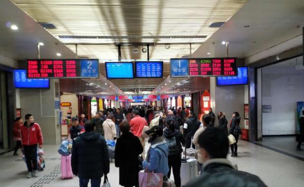 下周六铁路调图 郑州火车站将新增发往杭州的高铁