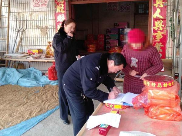 邓州市公安局罗庄派出所加强治安巡逻防控为百姓守护平安