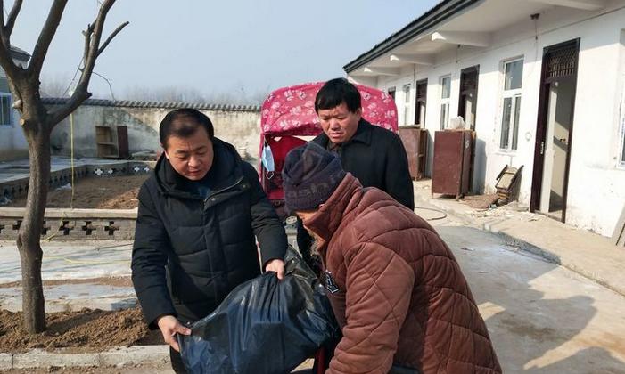 虞城县刘集乡:情系敬老院  冬日送温暖
