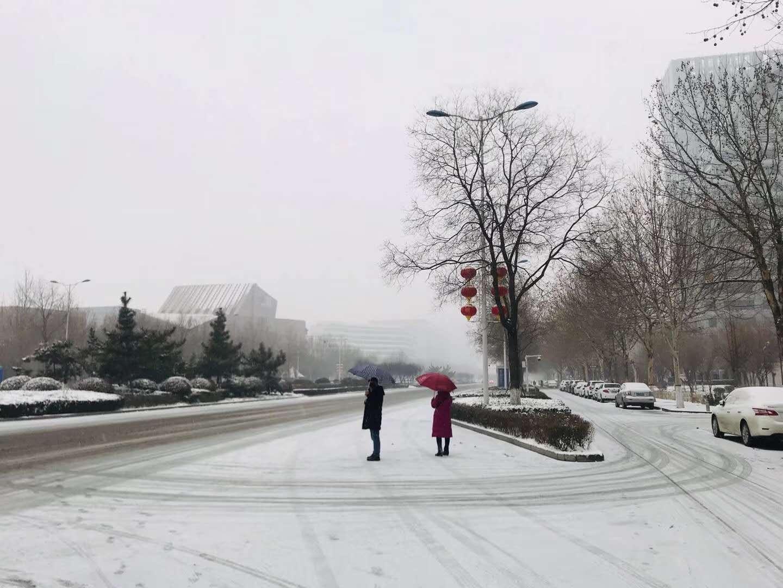 新乡皑皑雪景带来流浪地球气息