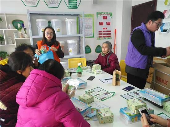 龙晖环保携手桐柏路街道办事处   开展环保知识公益活动