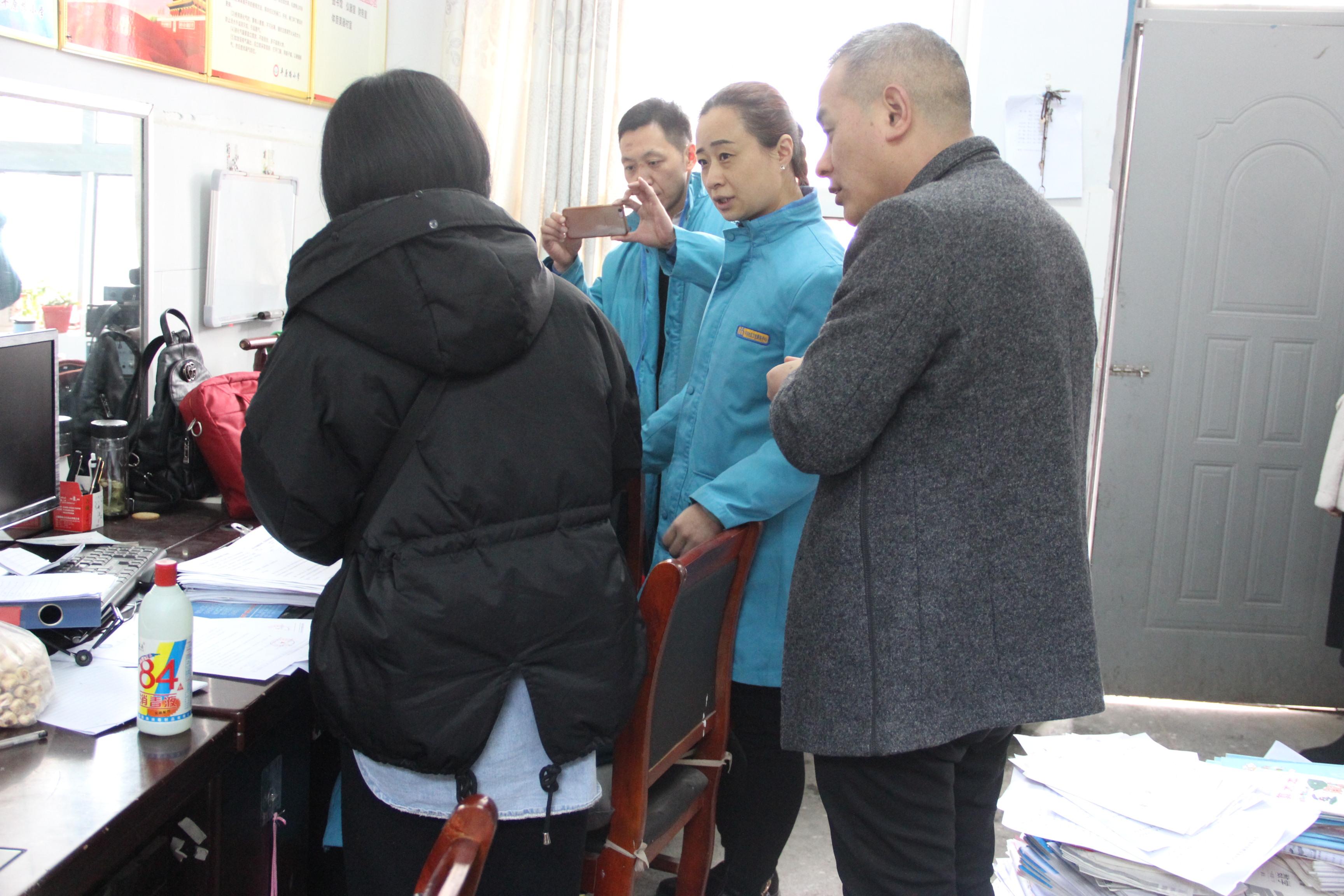 梁园区平原路小学:迎接安全检查 强化校园安全
