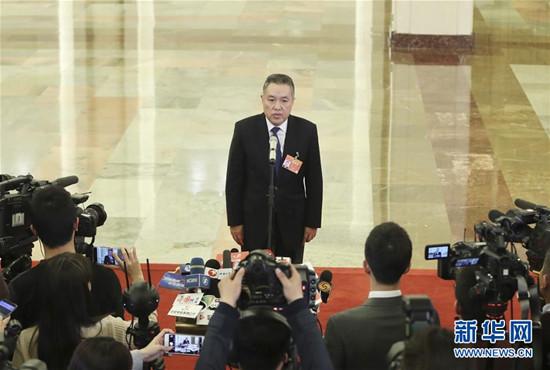 """三条""""通道""""直通民心 彰显中国两会开放透明"""