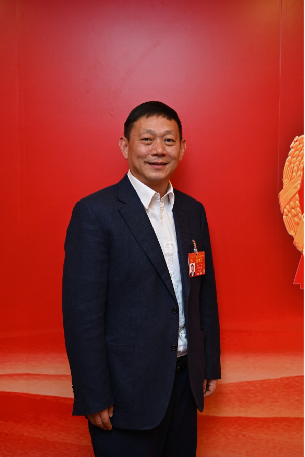 全国人大代表李伟:建议为海外文物回流开辟绿色通道