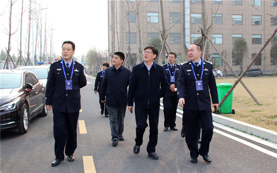 赵红亮到新野县公安局调研指导工作