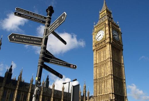 """出国留学不再""""高不可攀"""" 家庭年收入50万及以下占比62.4%"""