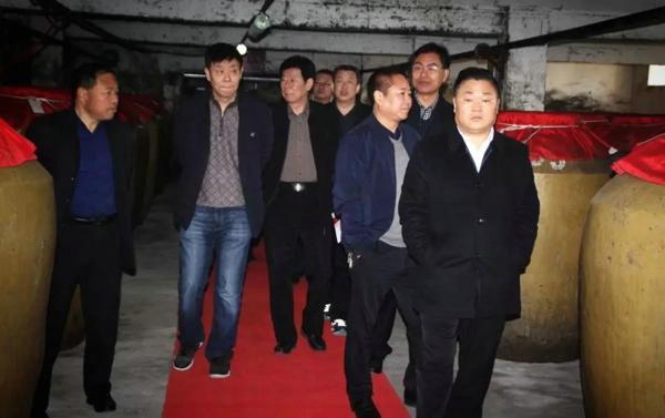 河南有好酒 宋河是代表 秦皇岛市考察团莅临宋河酒业参观交流!