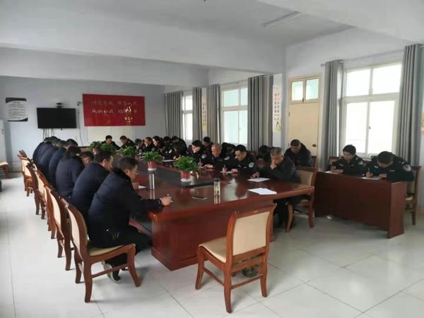 邓州:胜利派出所组织开展综合素质测试