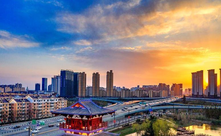 汪东城热衷健身 动感活力酷帅有型 冬季里格外有活力