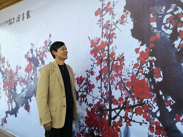 红梅迎春!刘冰梅花国画作品展在嵖岈山温泉小镇开幕