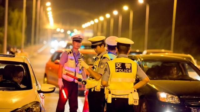道路千万条,安全第一条!河南交警总队曝光四起交通违法行为