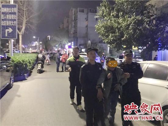 郑州:一男子伙同他人抢走110万豪车 警方蹲守11天将其抓获