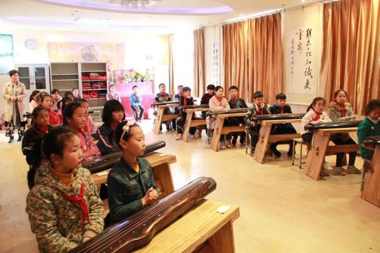 古意松风自清音 ——郑州市古琴课程开课了
