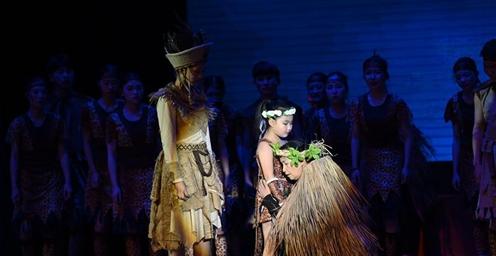 大型民族音乐舞蹈诗《唱娅王》在京精彩上演
