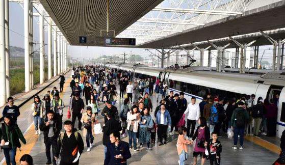 注意!4月10日起 河南省内新增高峰线列车5.5对
