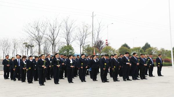 清明祭英烈 共铸中华魂—唐河联社举行清明节祭扫活动
