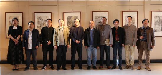 心印——当代书画家八人展郑州站在惠济区文化馆开幕
