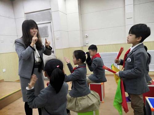 多彩课堂  引领成长——郑州市高新区中小学音乐课堂观摩活动