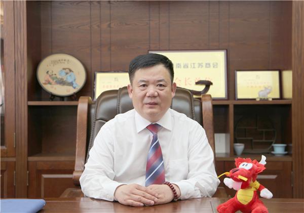 【郑领袖第18期】刘明昊:弘扬中医药文化 传播健康新理念