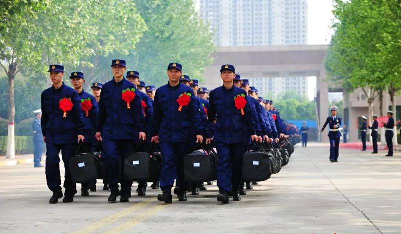 河南省消防总队迎来改革转隶后第一批新队员