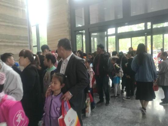 郑州市中原区教育局积极回应网民投诉 消除安全隐患 规范教育市场