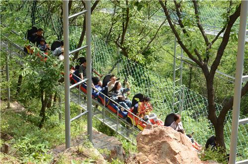 十万游客畅游伏羲山 五一小长假完美收官